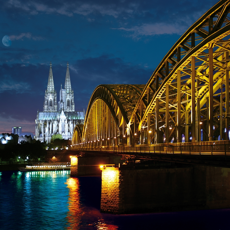 Cologne Cathedral and Hohenzollernbrücke