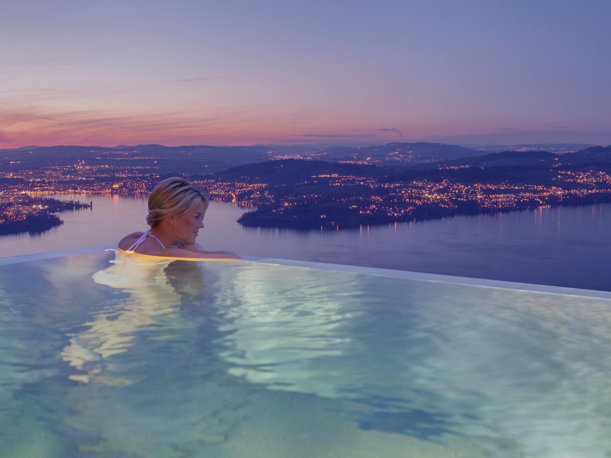 Outdoor pool of the Bürgenstock Resort