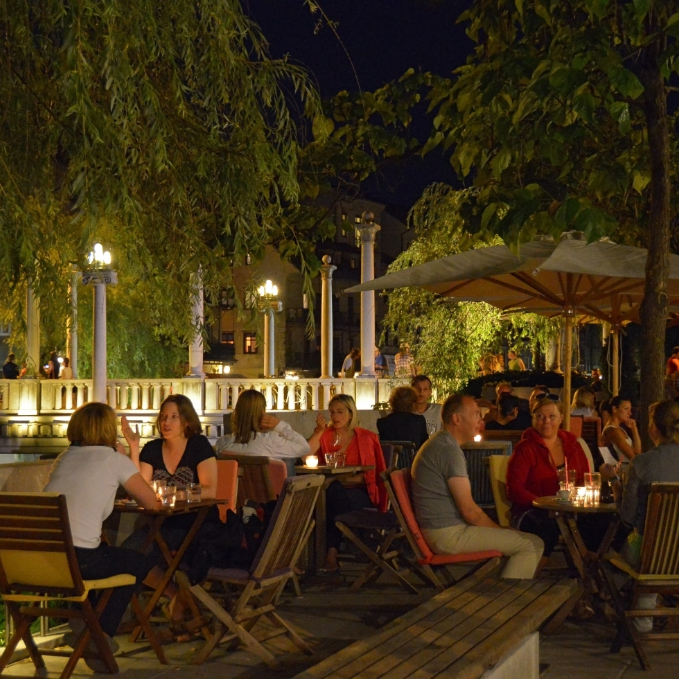 A cafés on the banks of the Ljubljanica river