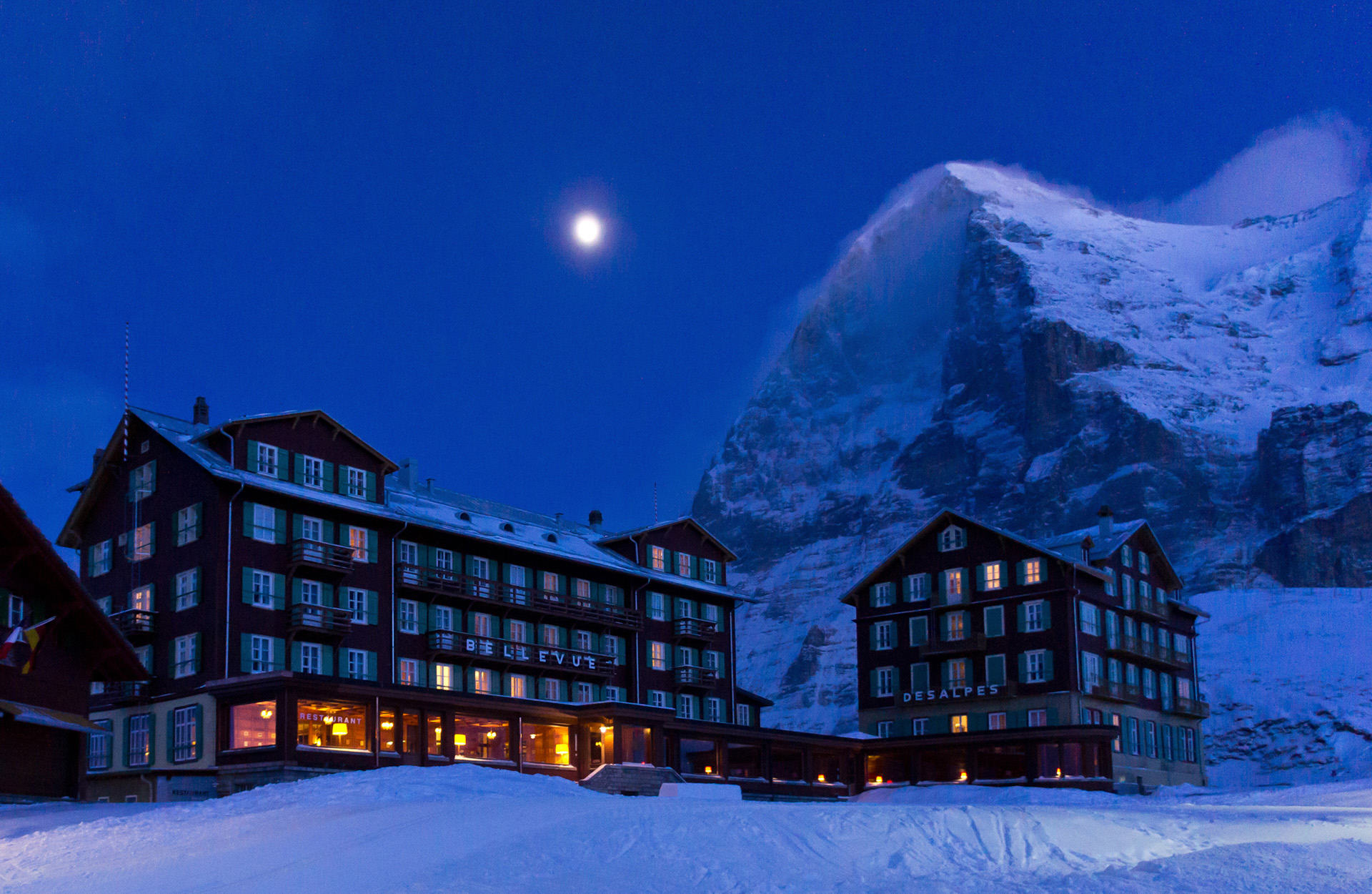 Hotel Bellevue des Alpes in front of the Eiger North Face
