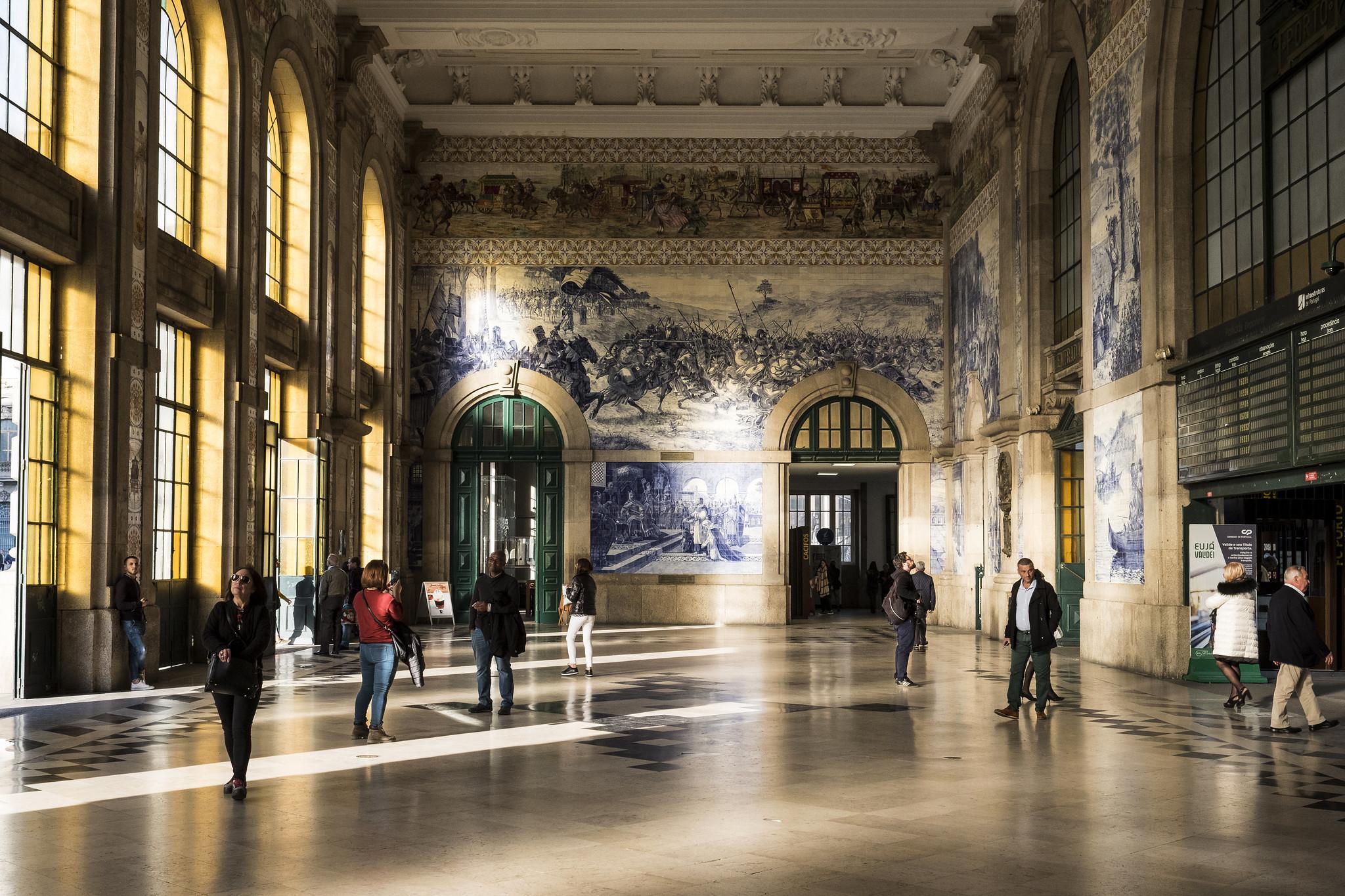 São Bento Railway Station in Porto