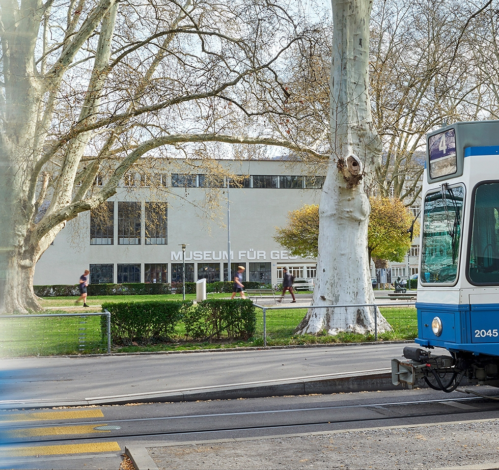 "A tram of Zurich's ""design line 4"" in front of the Museum of Design (Photo: ©Zürich Tourismus/Christine Benz)"